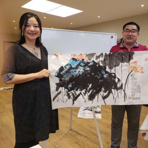 紫藤山教授诗书画展演在安特卫普隆重举行