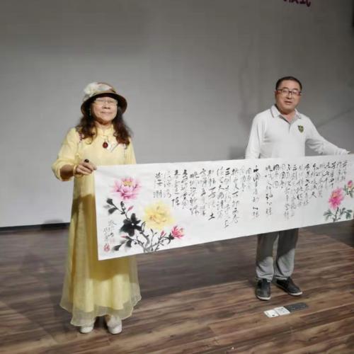 北京著名画家邬杰民光临手枪诗吧